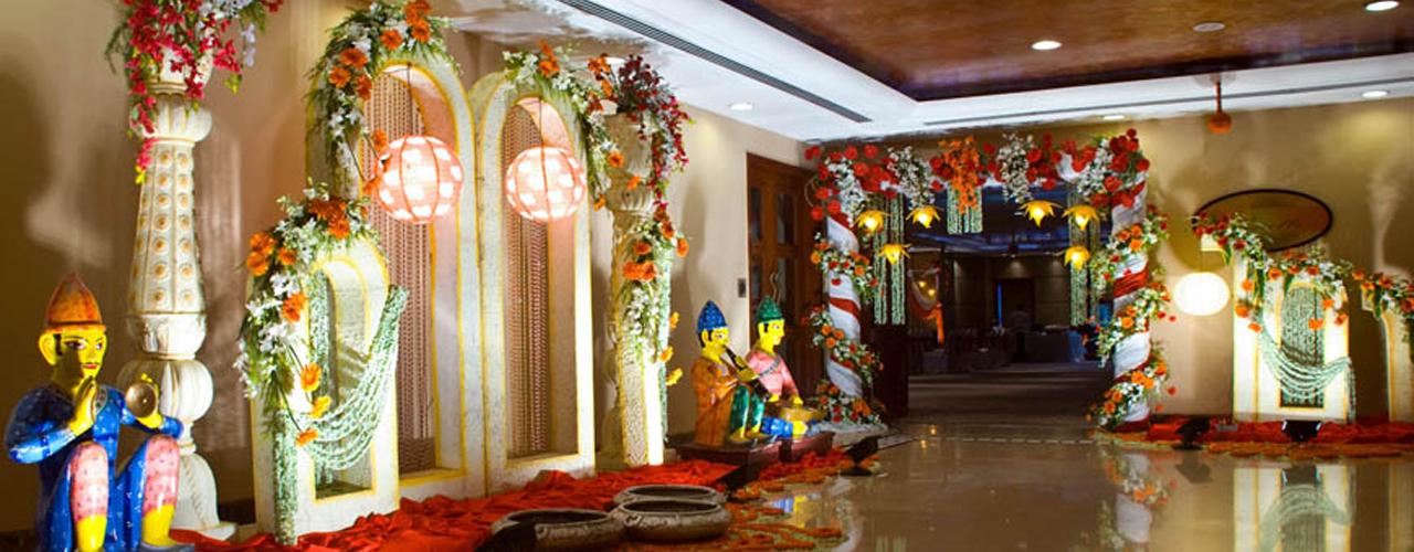 Entrance decoration for wedding for Hotel entrance decor